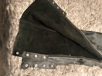 Leather chaps, 33-39 waist, 31 inseam,ring,snap pocket,road leather.