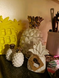PINEAPPLE KITCHEN DECOR  Middle River, 21220