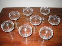 Etched crystal 8 piece champagne stemware set
