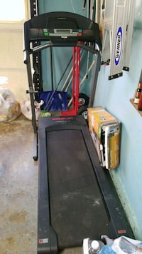 black and gray Bowflex treadmill Manassas, 20109