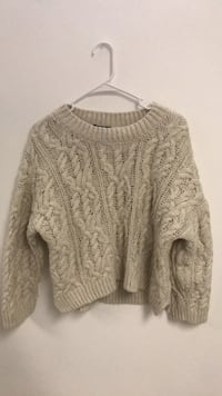 h&m sweater Winnipeg, R3A 1G7
