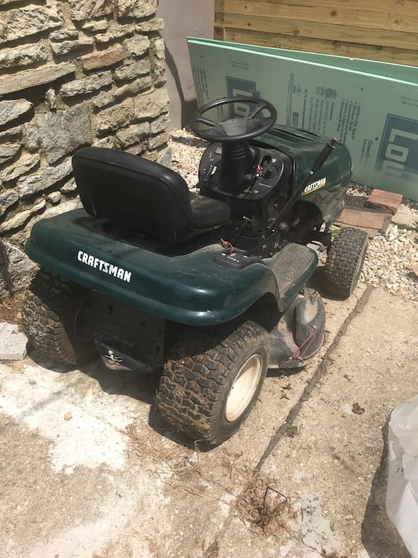 Rider Lawnmower broken 498aabed-83bf-4ce5-94f7-398d2648cf5e