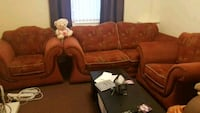2 Sit sofa and 2 arm chairs in very good condition Queensferry, CH5 1TA