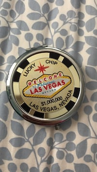 Las Vegas Chip mini mirror Westchester, 60154