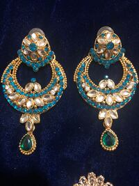 pair of gold-colored earrings Toronto, M9M 2C3