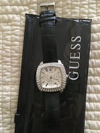 Gorgeous GUESS watch with black leather strap