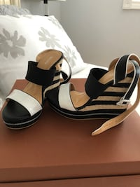 Black and white wedges 7.5 Vaughan, L4L 8R7