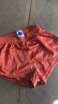 Orange dolphin shorts XS Centreville, 20121