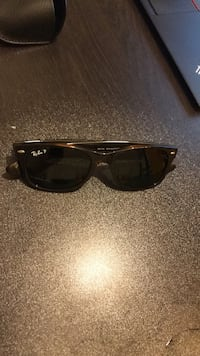 BRAND NEW Ray-Ban New Wayfarer polarized tortoise