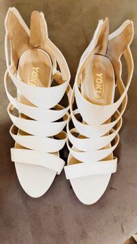 white-and-brown leather open-toe sandals null