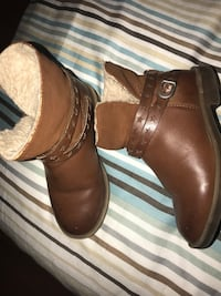 Size 9 great condition  Alexandria, 22304