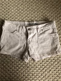 women's white denim shorts Calgary, T3E 7M7