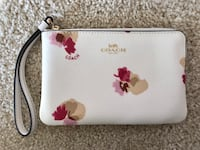 New with tag! Coach small floral handbag