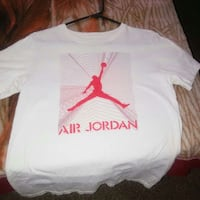 white and red Air Jordan crew-neck t-shirt