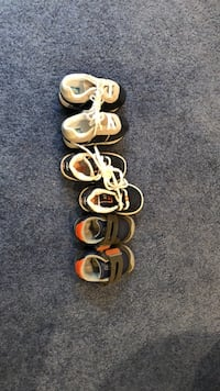 Size 3 toddler shoes  Council Bluffs, 51503