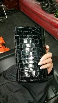 Like New black leatherette clutch Vaughan, L4L 8S9