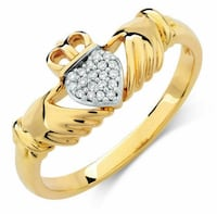 Michael Hill Claddagh Ring with Diamonds in 10kt Yellow Gold Markham, L6C 2V7