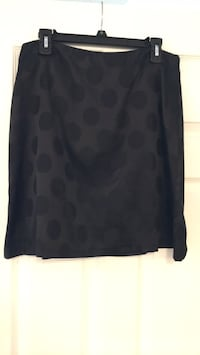 black poka dot skirt Tualatin, 97062