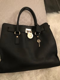 Michael Kors Large 'Hamilton' Saffiano leather bag Toronto, M2K 1H3