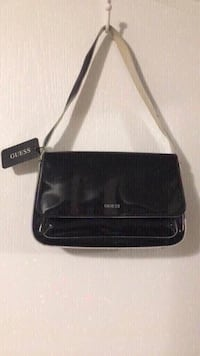 Guess purse brand new with tag Great for Christmas gift  Toronto, M9M 2T1