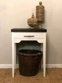 Farmhouse Side Table Knoxville, 37914