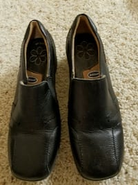 Size 5 Dr. Scholl's Girl Black Shoes Midland, 48642