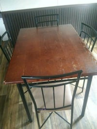 4 chair table Pearland, 77581
