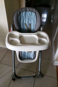 High chair in good condition Toronto