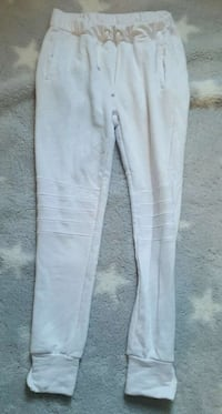 Womens small joggers. White & Mint. Perfect Cond Grimsby, L3M 4M5
