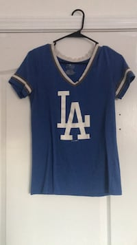 blue and white v-neck shirt Bakersfield, 93308
