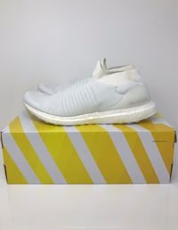 Adidas ultraboost laceless sz 11.5 Maple Ridge, V2X 9V3