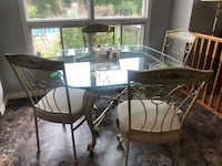 Dining set with matching wall unit  Hamilton, L8R 1R6