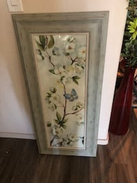 Large picture. Excellent condition, wood frame ! Queen Creek, 85142