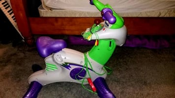 3 Games Inluded Worth $40,Fisher Price Smart Cycle Video Game Bicycle
