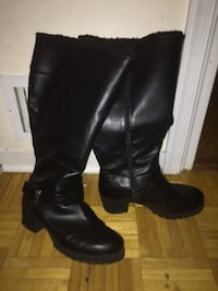 Good condition snow and rain proof boots Hyattsville, 20784