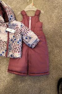 Brand new snowsuit (with tags) 3-6 Mo - 2 Pc Oakville