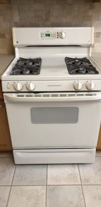 white 4-burner gas range Ashburn, 20147