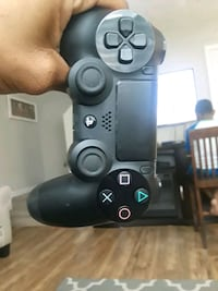 black Sony PS4 game controller Columbus, 31907