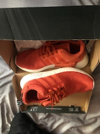 Pair of red adidas running shoes with box Ellensburg, 98926