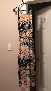 brown white, and black sleeveless maxi dress Marriottsville, 21104