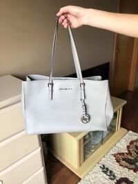 Michael Kors purse  Joliet, 60586