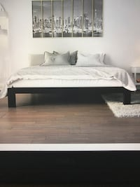Full Black Wood Platform Frame Bed, will Deliver ! 34 km