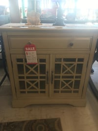 Cabinet - Homestead Marketplace 4024 NW 10th OKC Yukon, 73099