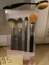 5different make-up brushes(only 1is used) Coquitlam, V3B