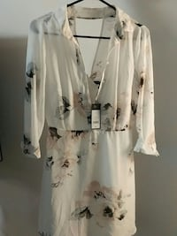 Unworn floral collared dress (S) from dynamite