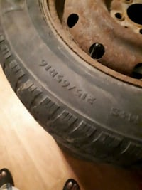 2 winter tires for sale 215 65 R16 good condition