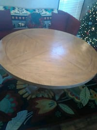 Donnie Osmond Florence Rustic Dining table