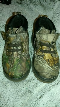 Size 6 Toddler Boots Gardendale, 35071