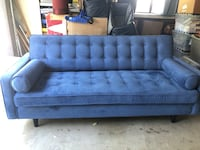 New Couch! Los Angeles, 91356