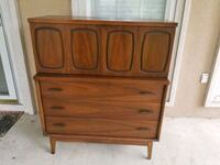 Antique Chest of drawers  Saint Rose, 70087